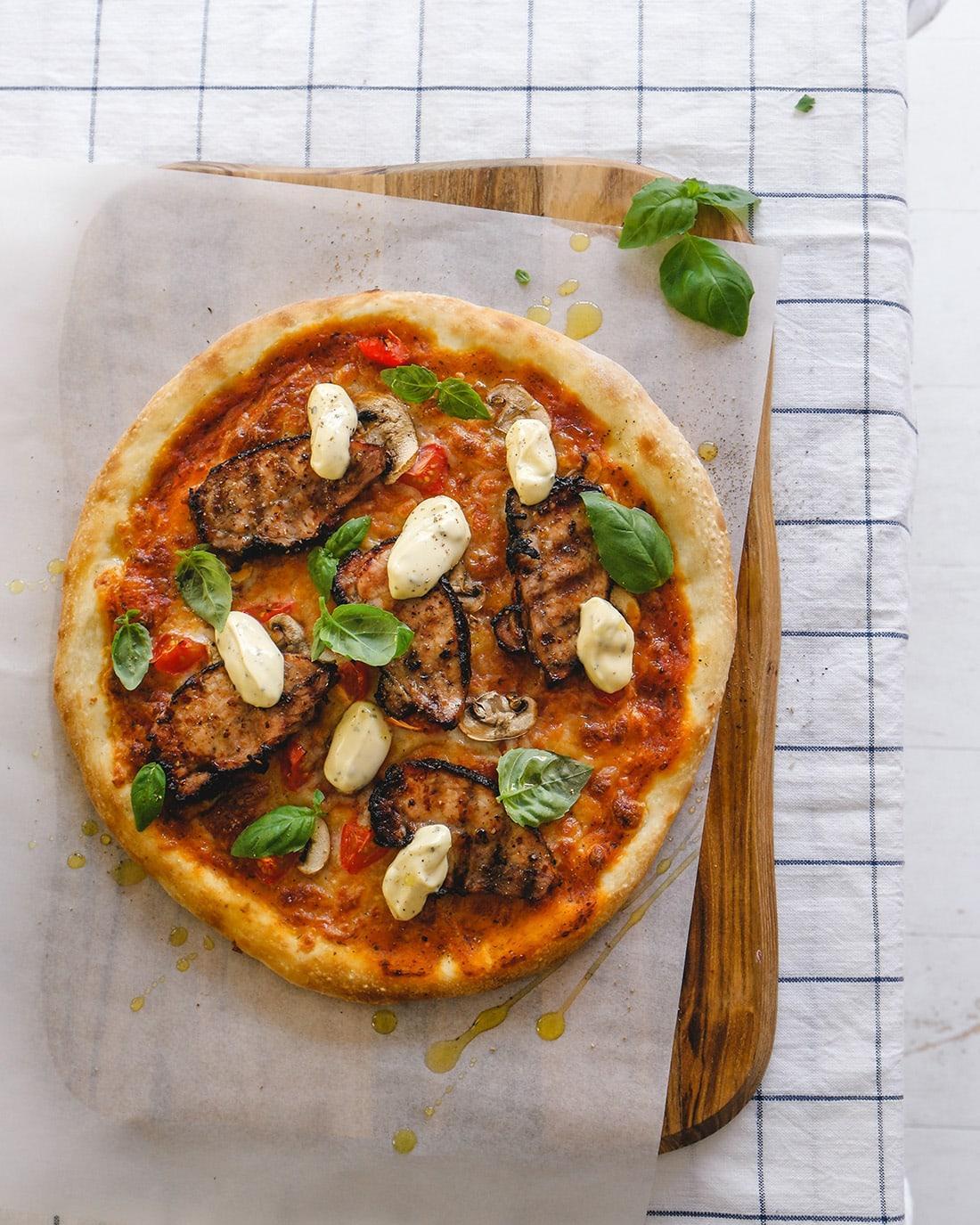 Fläskytterfilépizza med bearnaisesås